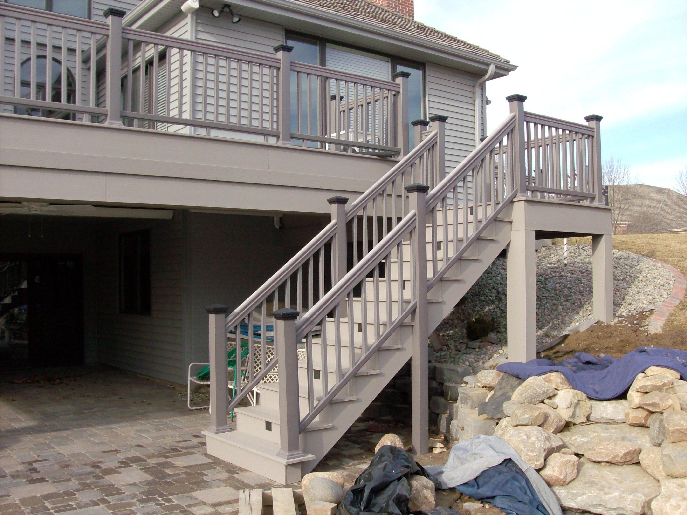 AZEK® ProCell™ Deck in Brownstone w/TimberTech® Ornamental Rail in Grey