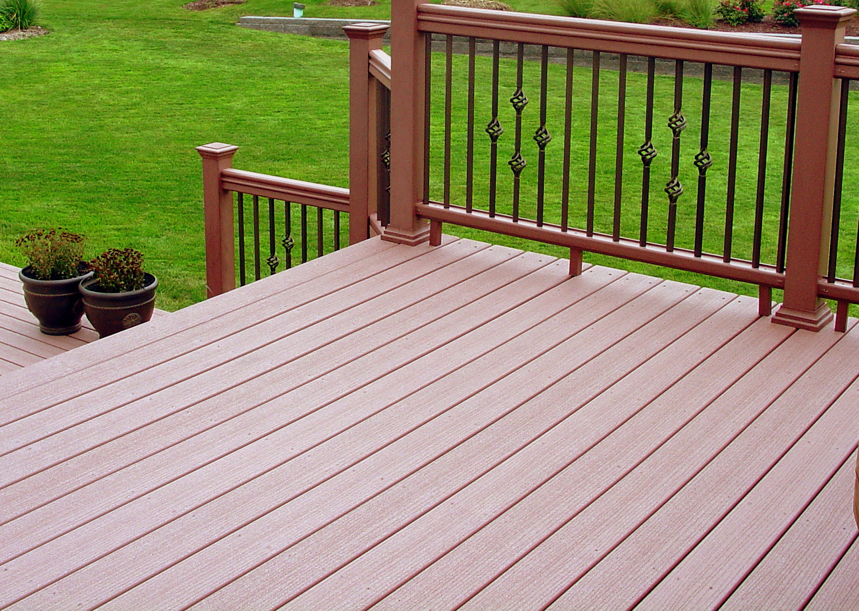 Composite deck composite deck examples for Composite deck railing
